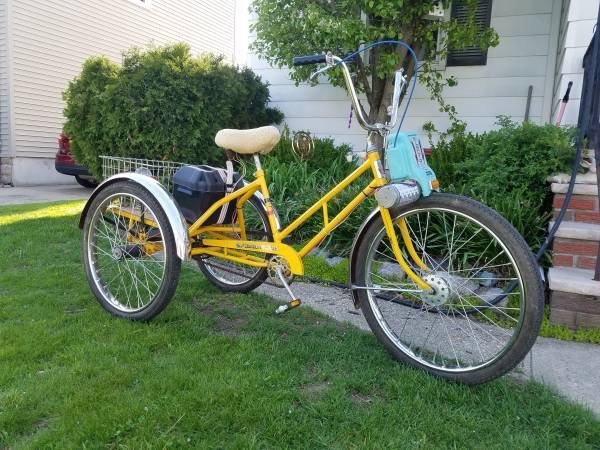 Adult Tricycle with Electric Motor Yellow